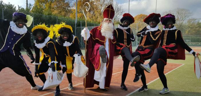 Intocht Sinterklaas in Harfsen